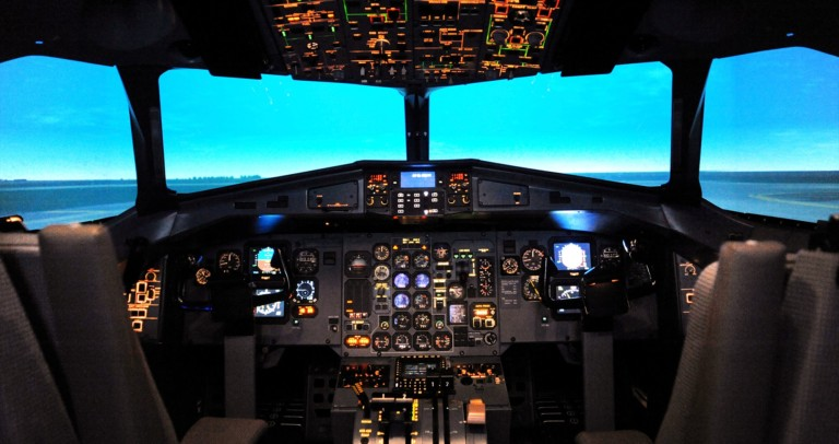 Flight Simulators - Commercial Pilot Training Applications Captec
