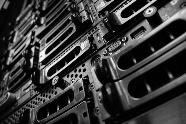 computers 2653005 1920 1 768x512 - Blog